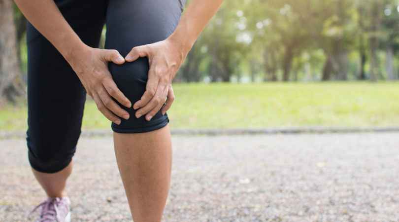 Runner with knee injuries